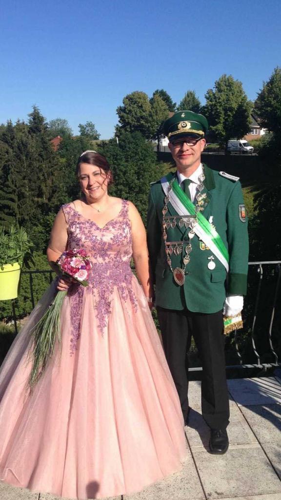 Königspaar 2018/19 Dirk und Nicole Schröder (St. Peter und Paul Schützenbruderschaft Obermarsberg 1448 e.V.)