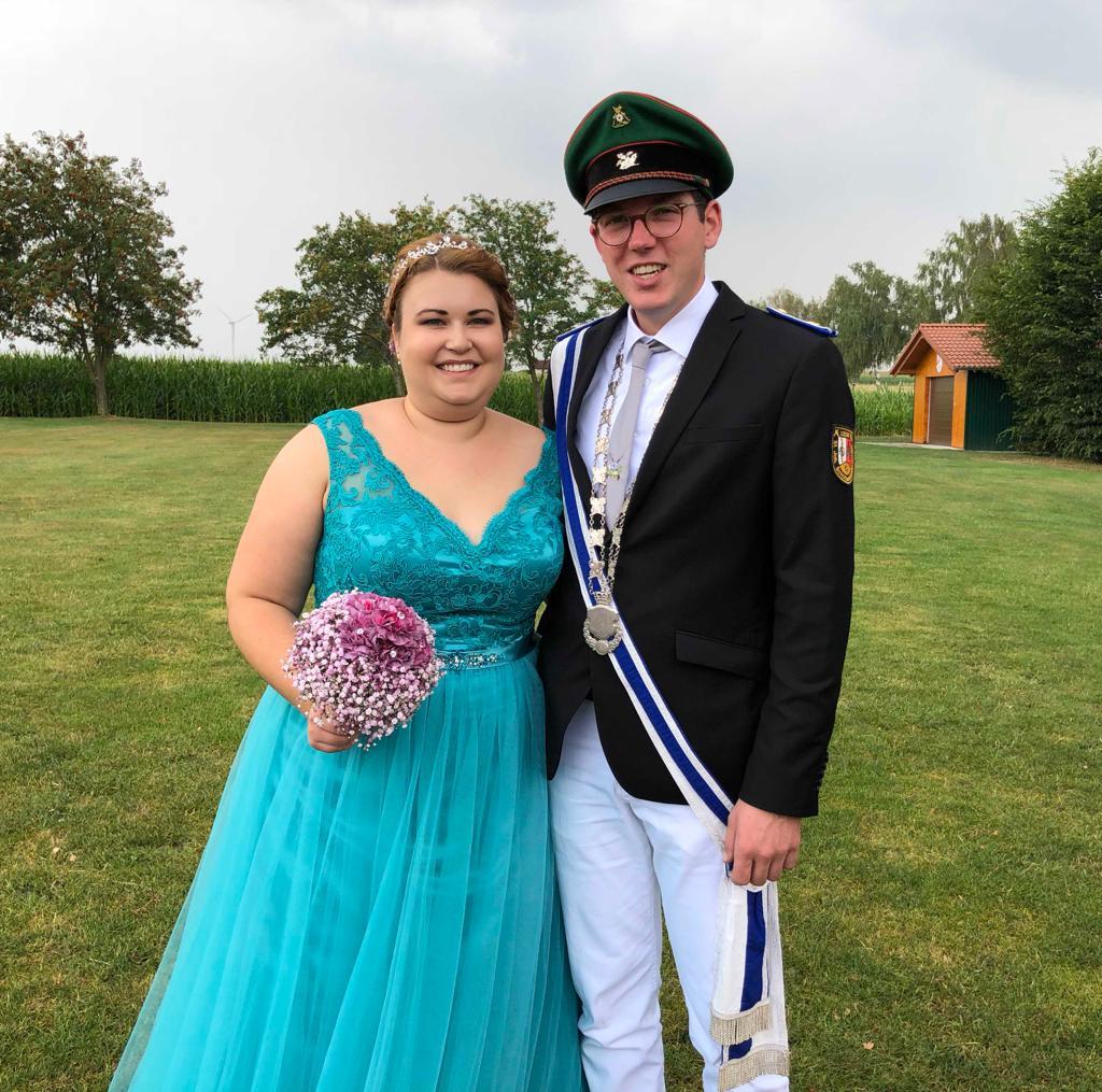 Königspaar 2018/19 Sebastian Aßhauer und Luisa Loos (Schützenbruderschaft St. Johannes 1453 Udorf)