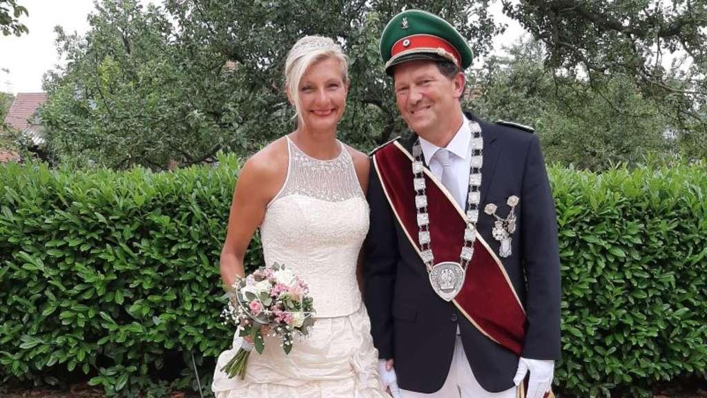 Königspaar 2019/20 Christoph und Tina Gruß (Schützenbruderschaft St. Sturmius Leitmar e.V.)